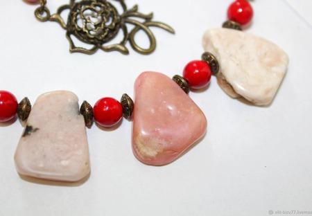 Колье Рассветное из розового перуанского опала ручной работы на заказ