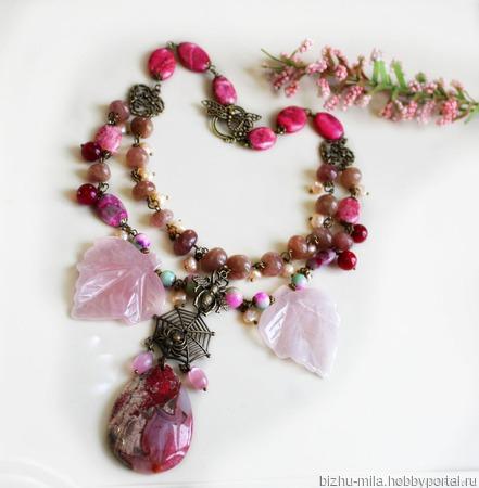 Комплект В ожидании весны из розового и клубничного кварца ручной работы на заказ