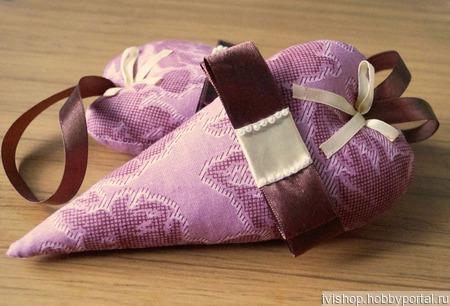 """Интерьерная подвеска к Новому году """"Текстильное сердце"""" ручной работы на заказ"""