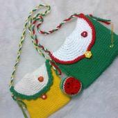 Вязаные сумочки с брелочками