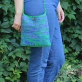 "Вязаная сумка-карман сумочка ""Болото планеты Нептун"""