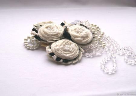 """Брошь """"Белые Розы"""" 3 в 1 валяная ручной работы на заказ"""