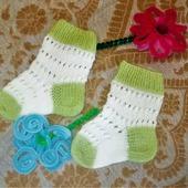 Носочки вязаные малышам