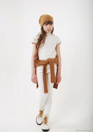 Джемпер белый с коротким рукавом вязаный для девочки ручной работы на заказ