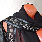 Палантин ручной работы «Серебристые одуванчики»