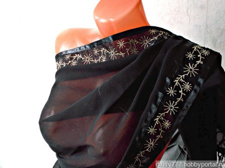 """Черный шифоновый палантин ручной работы """"Серебристые одуванчики"""" ручной работы на заказ"""