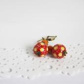Серьги с керамикой в горошек, красно-желтые