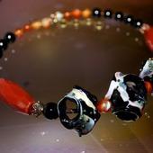 фото: Колье, бусы — украшения (черно рыжее колье)