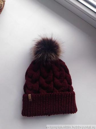 Шапка косами бордового цвета ручной работы на заказ