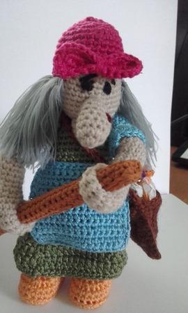 Баба Яга в ступе ручной работы на заказ