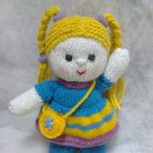 Куколка Малышка вязаная