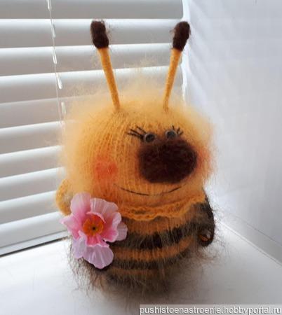 """Вязаная игрушка """"Пчёлка Жужу"""" ручной работы на заказ"""