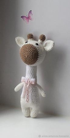 Вязаный жирафик Кокосовый ручной работы на заказ