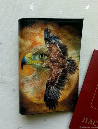 """Обложка на паспорт """"Полет орла"""" ручной работы на заказ"""
