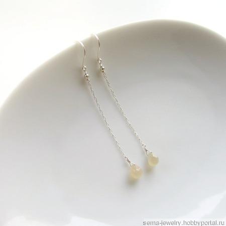 """Серьги цепочки """"Rainy day"""" из серебра с лунными камнями ручной работы на заказ"""