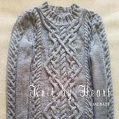 Вязаный свитер ручной работы в Москве