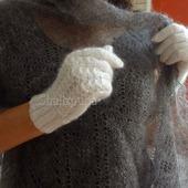 Перчатки пуховые белые вязаные теплые с узором