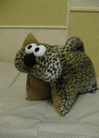 """Подушка-игрушка-трансформер """"Леопардик"""" ручной работы на заказ"""