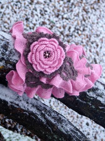 """Авторский шарф """"Элфи"""" с брошью-цветком вязаный ручной работы на заказ"""