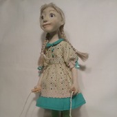 Девочка со скакалкой