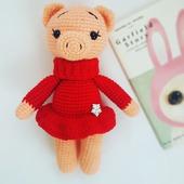 Вязаная свинка, символ нового года