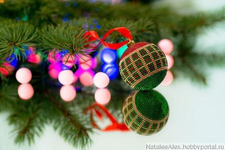 """Мастер-класс новогодний шар из бисера без крючка """"Шотландская клетка"""" ручной работы на заказ"""