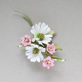 """Брошь с белыми и розовыми цветами """"Белый танец"""""""