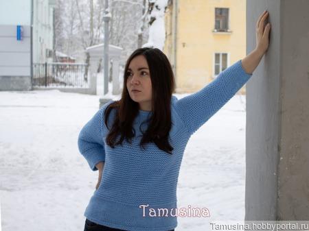 Женский голубой пуловер ручной работы на заказ