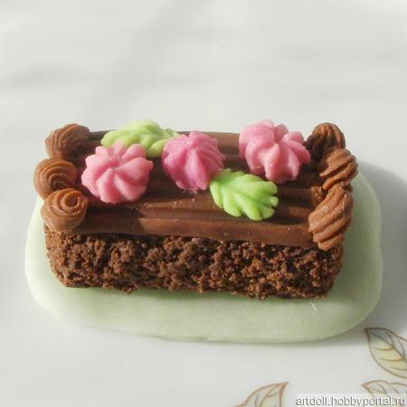 Тортик для Барби ручной работы на заказ