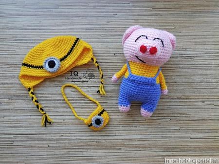 Свинка в костюмчике Миньона ручной работы на заказ