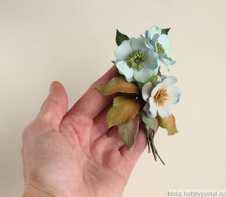 Брошь букетик цветов голубой бежевый ручной работы на заказ