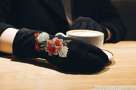 """Перчатки """"Сказочные нити"""" ручной работы на заказ"""