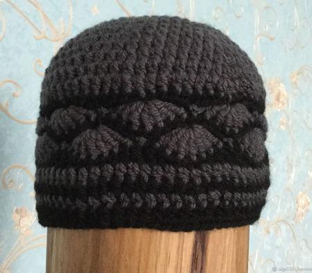 Вязаная женская шапка с ракушками ручной работы на заказ