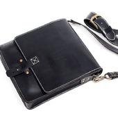 Чёрная сумка через плечо ручной работы