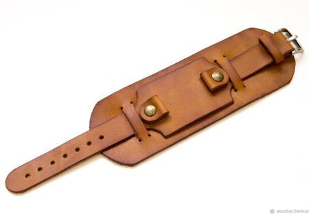 Кожаный ремешок для часов с подложкой ручной работы на заказ