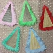 Разноцветные елочки-магниты