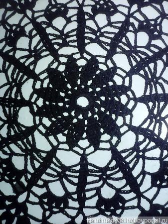 Салфетка ажурная черная ручной работы на заказ