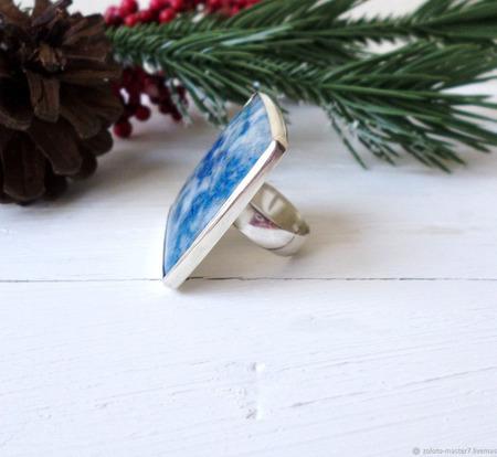 Серебряное кольцо с лазуритом ручной работы на заказ