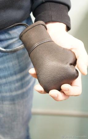 Ключница из кожи, Боксерская перчатка, 23 февраля ручной работы на заказ