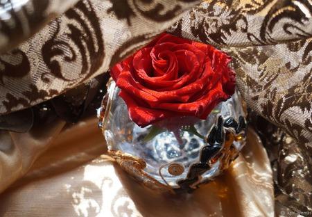 """Ваза стеклянная, круглая  """"Цветы на углях""""недоступна для заказа ручной работы на заказ"""