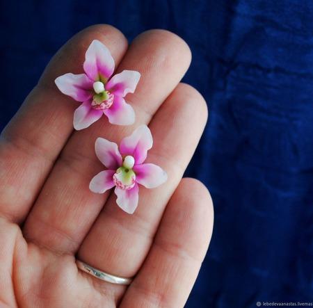 """Серьги пуссеты """"Розовые орхидеи"""" ручной работы на заказ"""