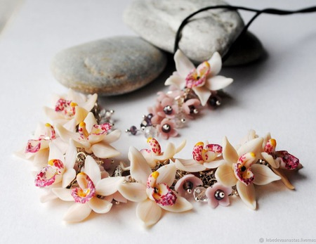 """Браслет и кулон """"Нежные орхидеи"""" ручной работы на заказ"""