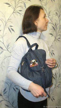 Значок на сумку рюкзак Мопс. Где моя печенька. Стекло. Фьюзинг ручной работы на заказ