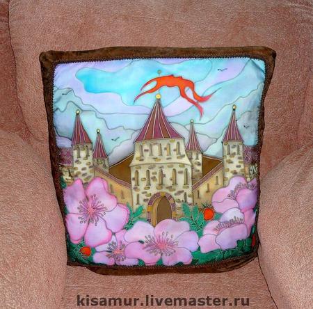 """Шелковые наволочки на подушку -батик """"Замок"""" натуральный шел ручной работы на заказ"""