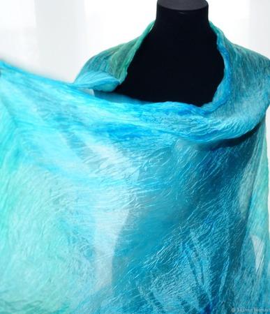 Шарф мятно голубой шелковый шарф ручная окраска натуральный шёлк ручной работы на заказ