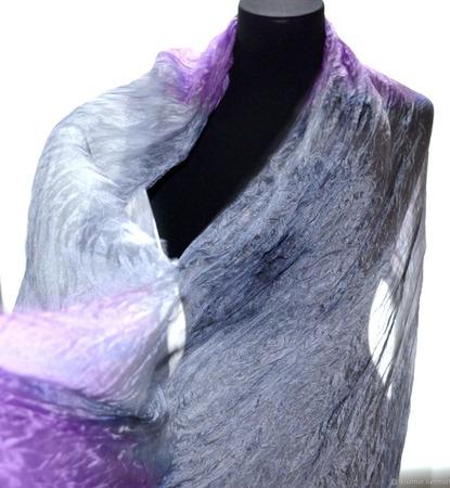 Лавандово сиренево серый шелковый шарф ручная окраска натуральный шёлк ручной работы на заказ