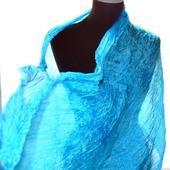 Небесно голубой широкий длинный женский шёлковый шарф