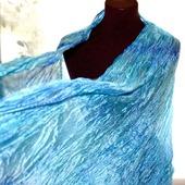 Голубой с синим  шелковый шарф палантин
