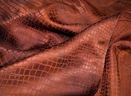Шарф красно коричневый  жакард рептилия женский шарф ручной работы на заказ
