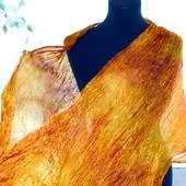 Женский шелковый шарф палантин медово янтарный эко крашение